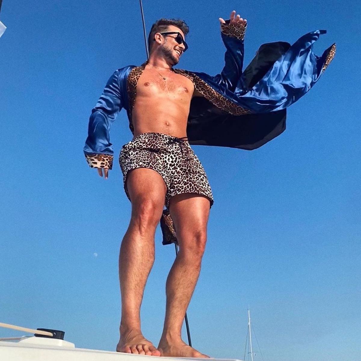 Paolo Stella indossa 57London