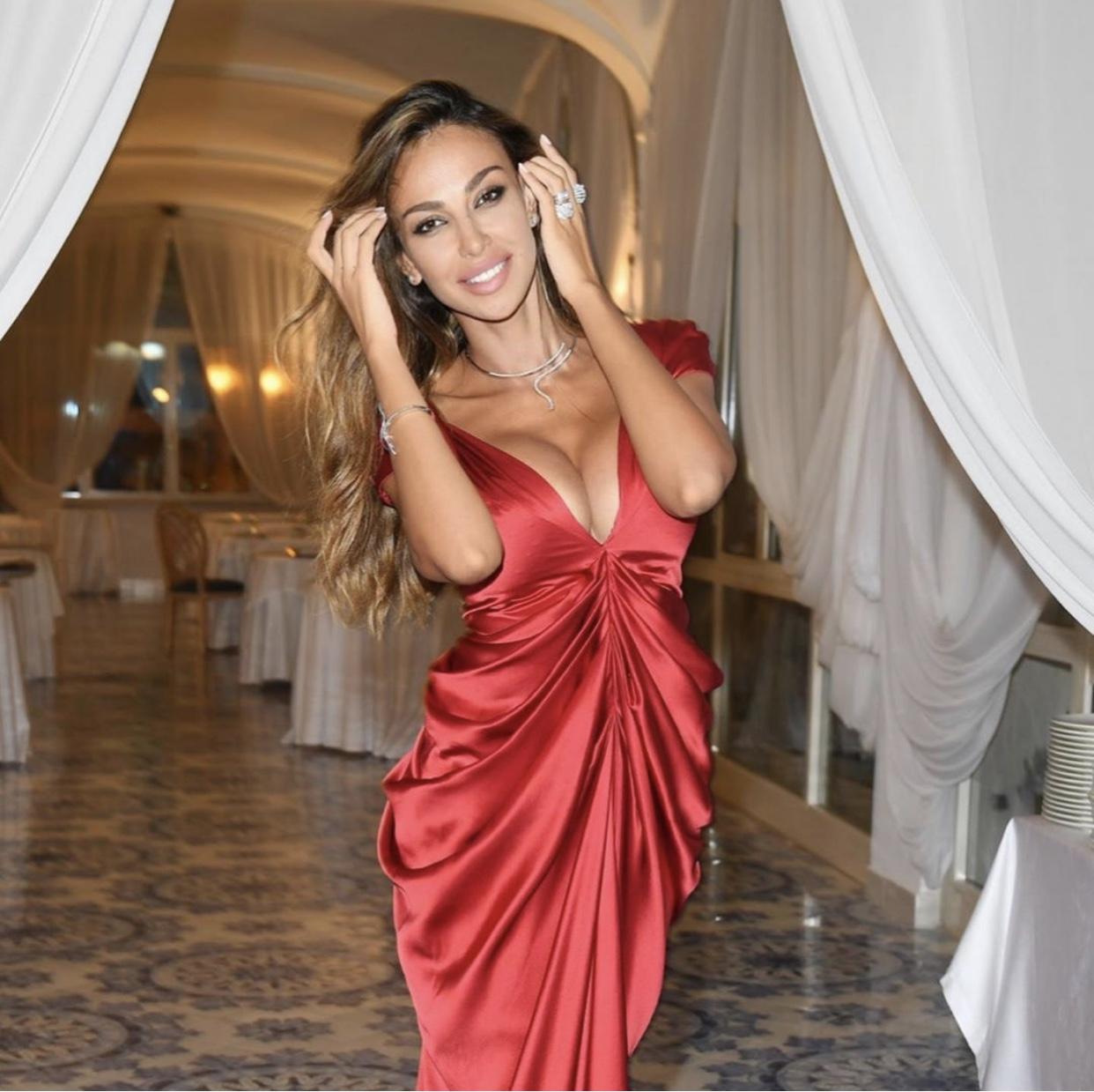 Madalina Ghenea indossa 57London